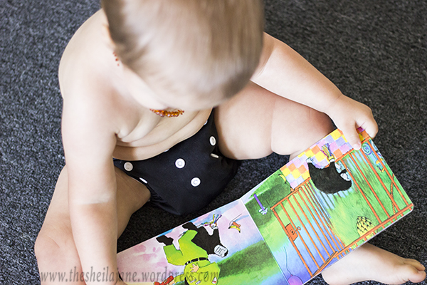 Baby in Cloth diaper Reading